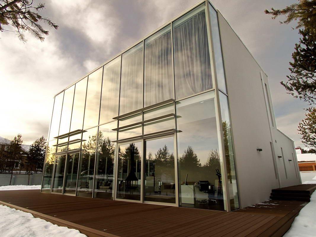 stekljannyj-fasad-s-vidom-na-bajkal_1_1